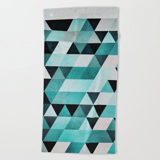 syb zyyro Beach Towel