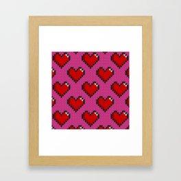 Knitted heart pattern - pink Framed Art Print