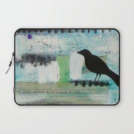 Blackbird singing Laptop Sleeve