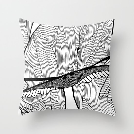 la femme 08 Throw Pillow