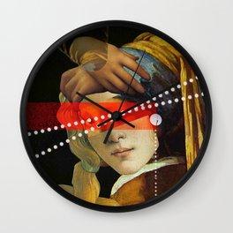Venus Perlen Wall Clock