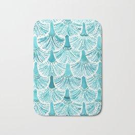 MERMAID TAILS Nautical Scallop Pattern Bath Mat