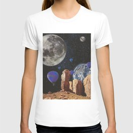 The slow trip in the universe T-shirt