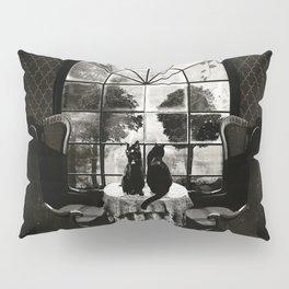 Room Skull B&W Pillow Sham