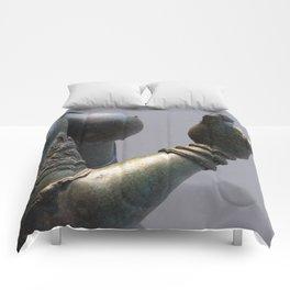 SGULPTURE - Hand 3 Comforters