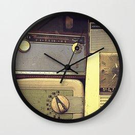 Radio Deluxe Wall Clock