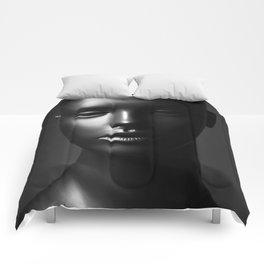 Mannequin Comforters