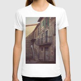 Italian classic town view T-shirt