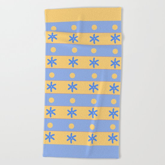 Ocean and sand Beach Towel