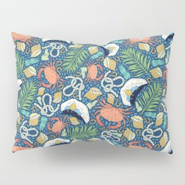 Cap and crab with seashells on water drops Pillow Sham