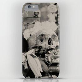 Amorem Morte esse Fortiorem (Love is Stronger than Death) iPhone Case