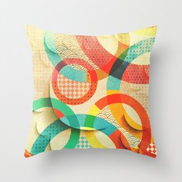Huller om buller Throw Pillow