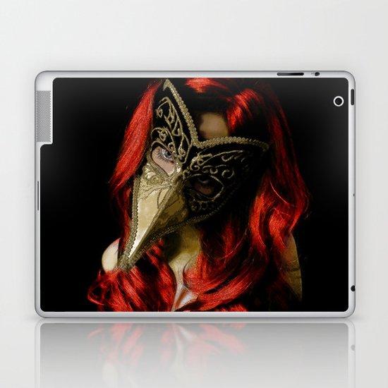Medico Della Peste Seconda Laptop & iPad Skin