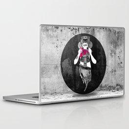 Inca sprit Laptop & iPad Skin