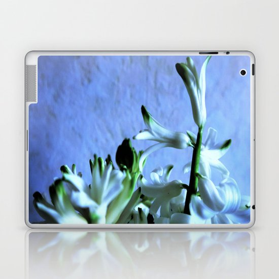 white hyacinthe on light blue background Laptop & iPad Skin