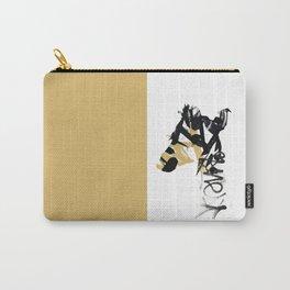 Giraffe. Urban Wildlife Carry-All Pouch