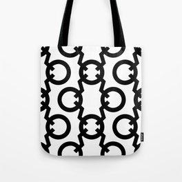 Q Pattern Tote Bag