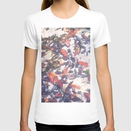 Underwater leaves - water colours - sand T-shirt