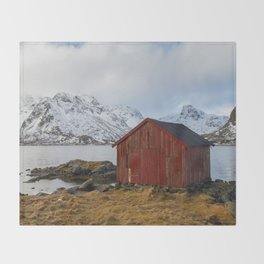 The red shed Throw Blanket
