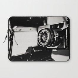 camera love b/w Laptop Sleeve