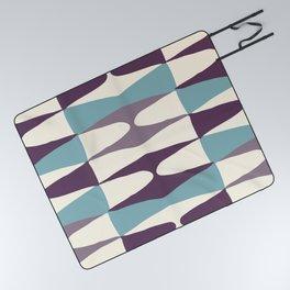 Zaha Sull Picnic Blanket