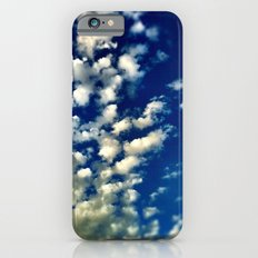 A bunch of clouds in the sky. iPhone 6s Slim Case