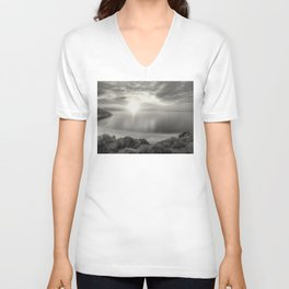 A perfect moment in time Unisex V-Neck