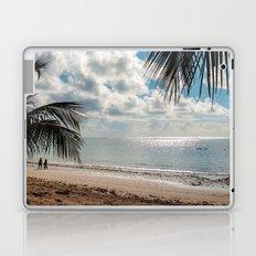 Couple at the beach Laptop & iPad Skin