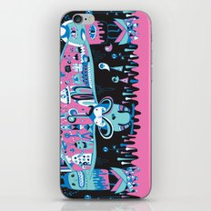 The city never sleep iPhone & iPod Skin