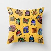 radio Throw Pillows featuring Radio Show by andy_panda_