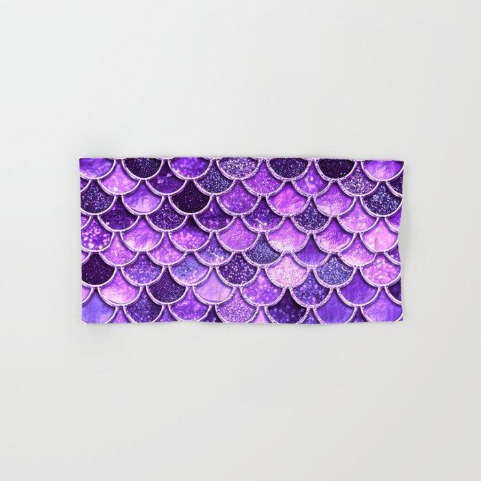 Pantone Ultra Violet Glitter Ombre Mermaid Scales Pattern