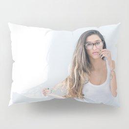 sexy Brazilian babe Pillow Sham