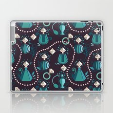 Diamonds and pearls Laptop & iPad Skin