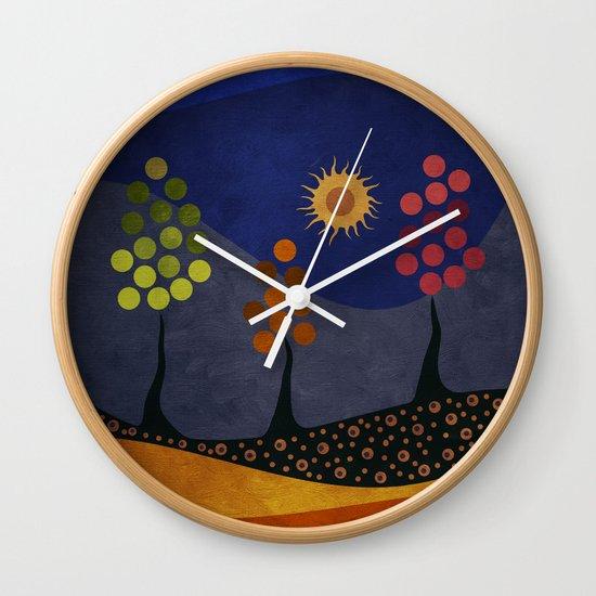 Paisaje y color Wall Clock