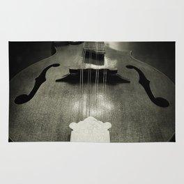 Mandolin tail Rug