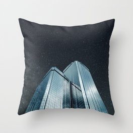 City of glass (1983) Throw Pillow