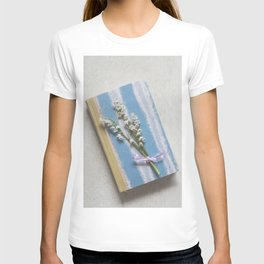 Romantic Book T-shirt