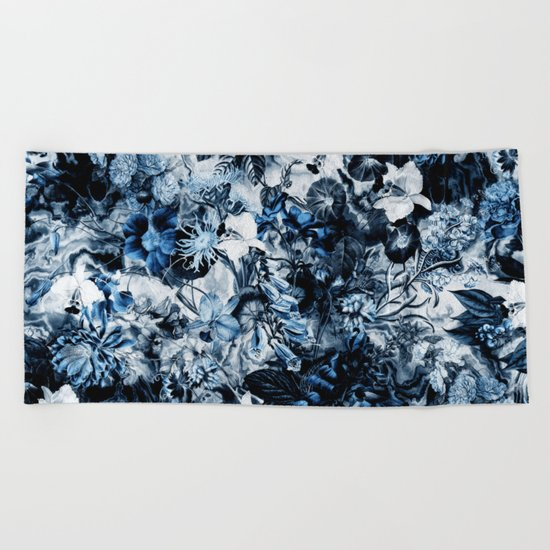 WINTER GARDEN Beach Towel