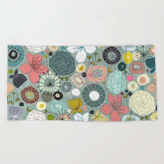 oriental blooms Beach Towel