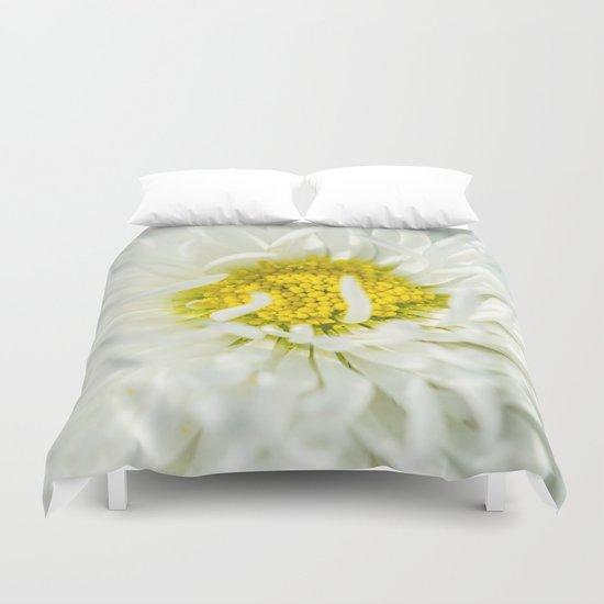 White English Daisy Flower Duvet Cover