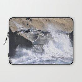 SPLASHING OCEAN WAVE Laptop Sleeve