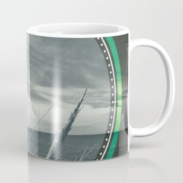 Before the storm - green circle Coffee Mug
