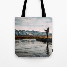 Flyfishing & Mountains Tote Bag