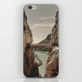 """""""The most dangerous trail in the world II"""". El Caminito del Rey  iPhone Skin"""