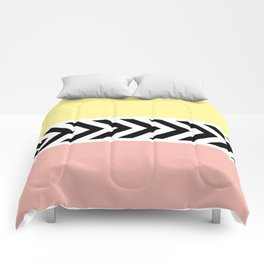 Black and white arrows Comforters