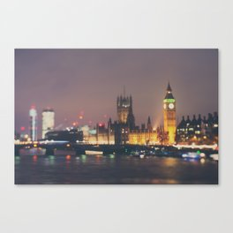 down by the thames ... Canvas Print