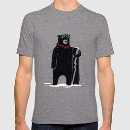 Bear on snowboard T-shirt
