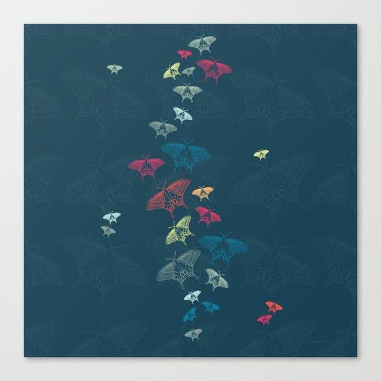 Nachtschwärmer – Fly by night Canvas Print