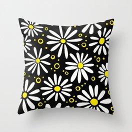 Daisies, daisies Throw Pillow