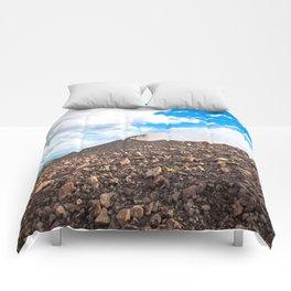 Leon, Nicaragua Comforters